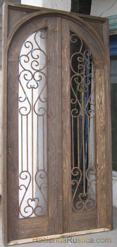 Square Frame Arched Solid Yucatan Door